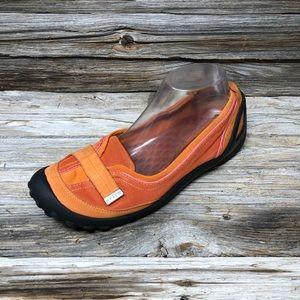 Privo by Clarks Vintage 90's Orange Walking Shoes